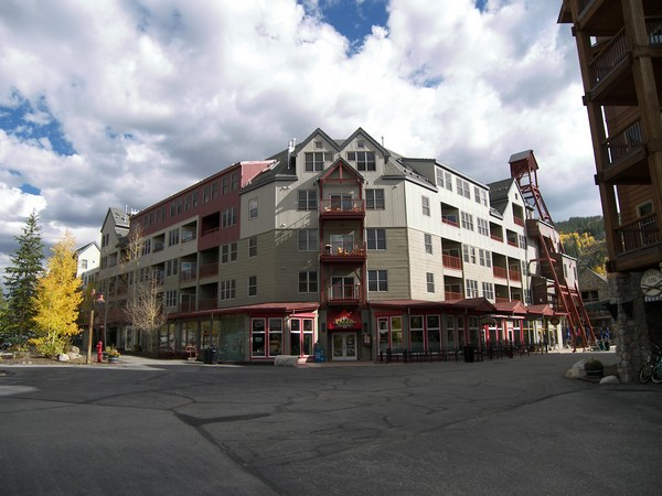 Silvermill 2 Bedroom 2 Ba...